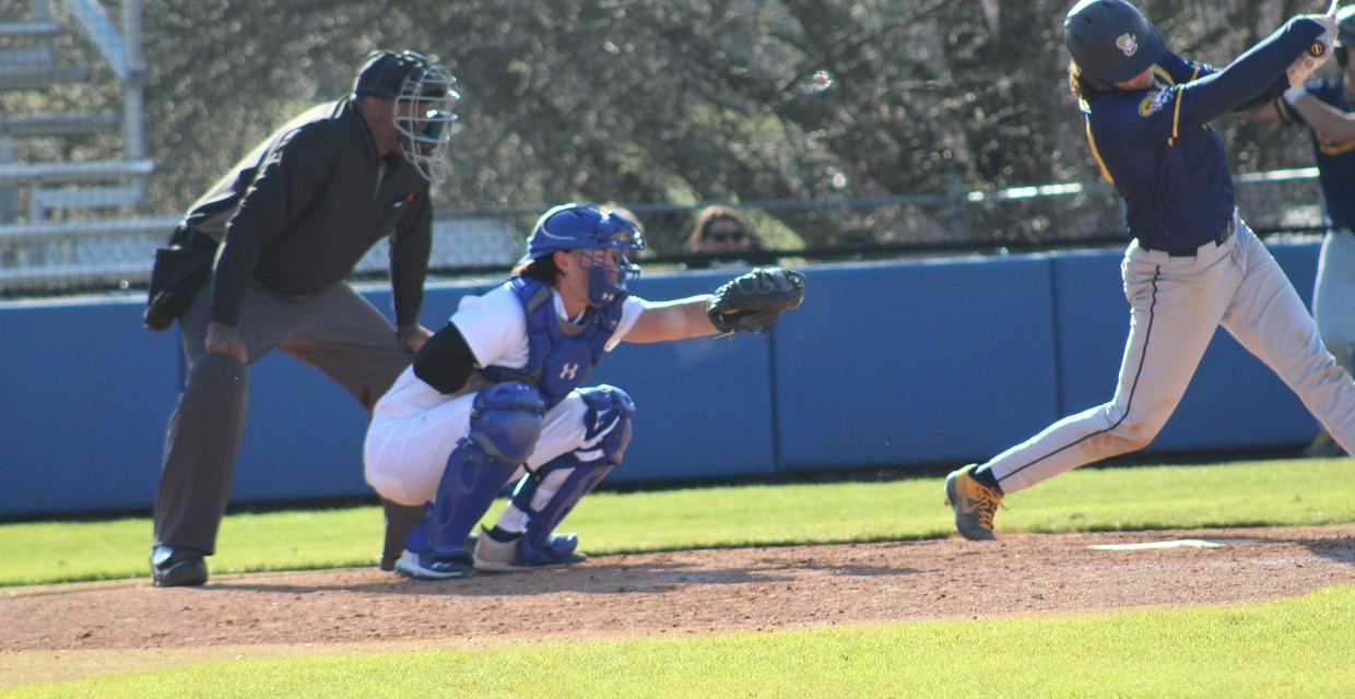 Tennessee Wesleyan University 1 Baseball Splits Doubleheader Against Rv Reinhardt University